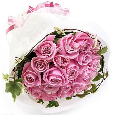33朵黄玫瑰花语_这样爱你:33朵紫色玫瑰,满天星、黄莺间插 - 深圳杜拉拉鲜花网