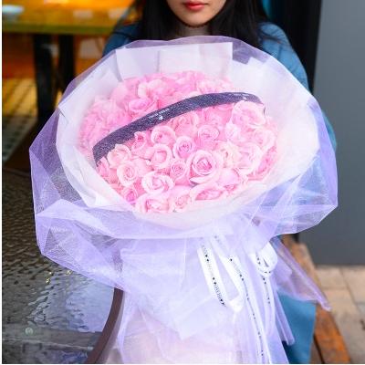 恋人鲜花图片